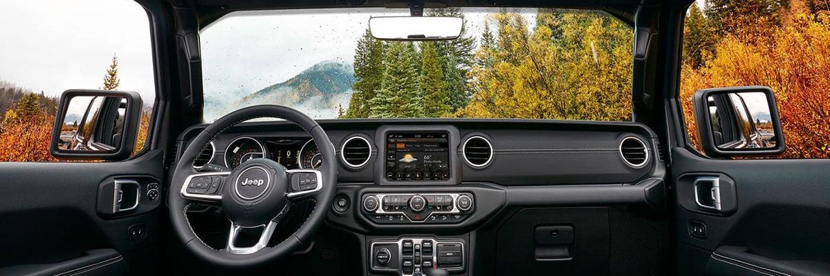 2019 Jeep Wrangler Interior & Technology